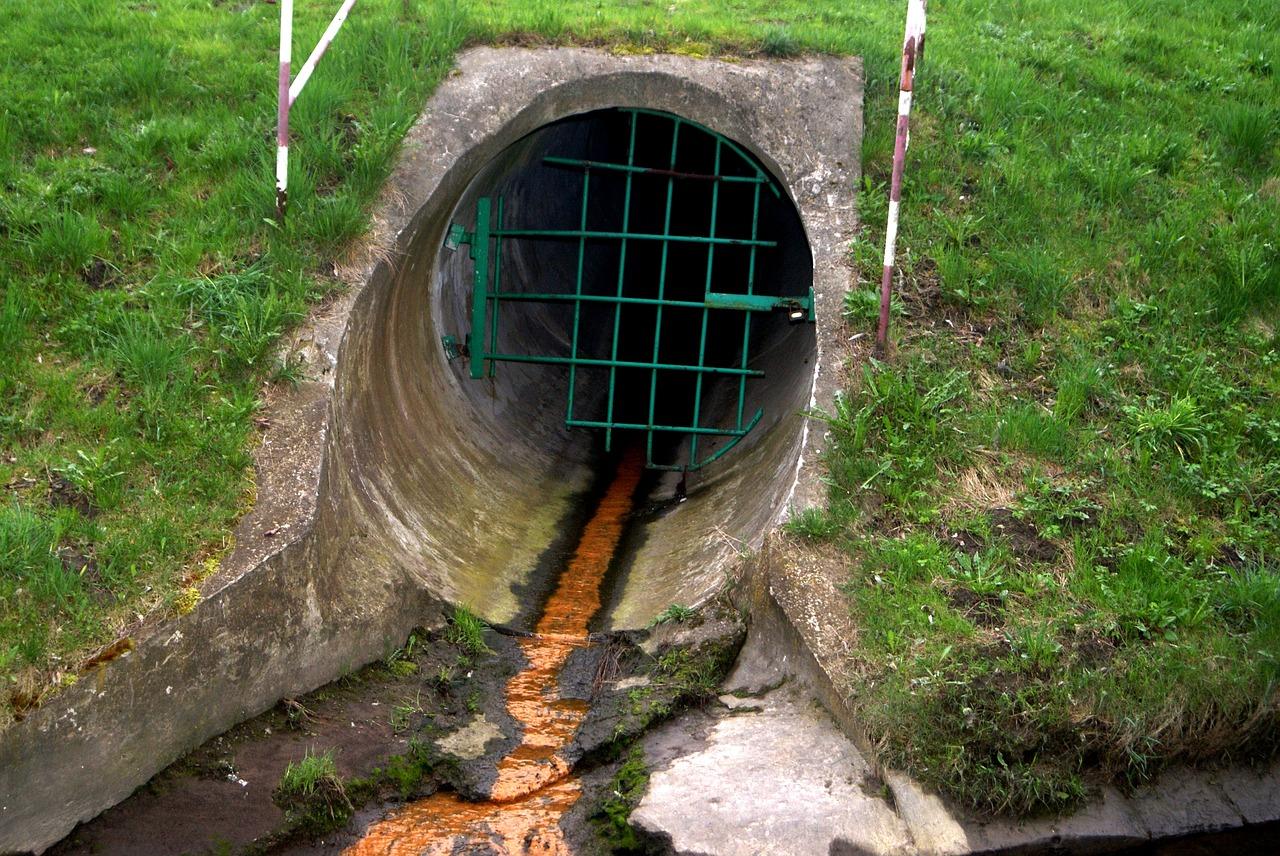 déboucher les canalisations